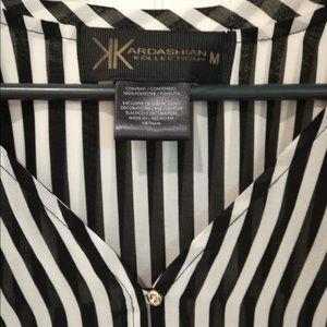 Kardashian Kollection Black & White Blouse Sz M
